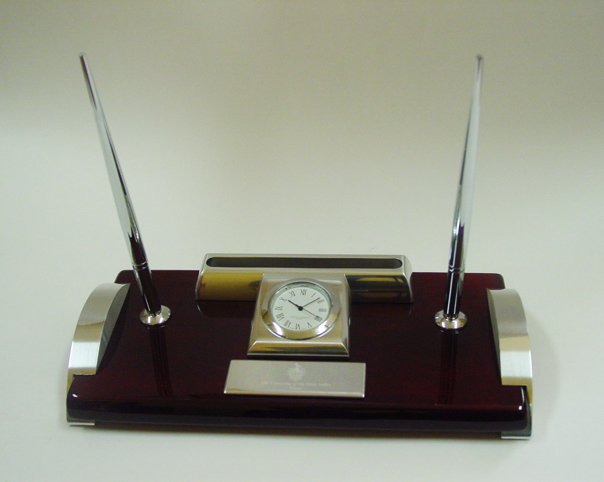 EXECUTIVE CLOCK/PEN/CARD HOLDER