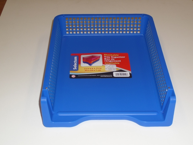 ASST. COLOURS STACKABLE TRAY